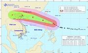 Trưa 15/9, siêu bão Mangkhut đi vào Đông Bắc Biển Đông, gió giật trên cấp 17