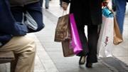 Phong trào 'áo vàng'khiến đa số người Pháp thay đổi thói quen mua sắm