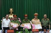 Khen thưởng lực lượng Công an TP Hồ Chí Minh sau vụ bắt giữ 895 gói heroin