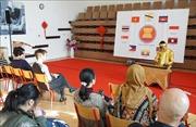 Du học sinh của các nước ASEAN quảng bá văn hóa châu Á tại Séc
