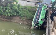 Danh tính 2 người tử vong, 8 người bị thương trong vụ xe khách lao xuống sông tại Thanh Hóa