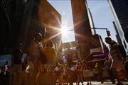 185 triệu dân Mỹ đối mặt với đợt nắng nóng kỷ lục dịp cuối tuần