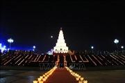 Lễ cầu an và hội hoa đăng trên sông Lục Đầu
