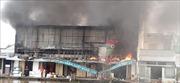 Cháy lớn tại cửa hàng kim khí điện máy và trang trí nội thất
