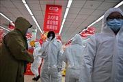 Trung Quốc đưa hàng trăm bác sĩ quân y về vùng tâm dịch viêm phổi