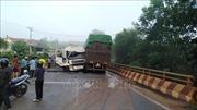 Giải tỏa ách tắc sau tai nạn giao thông trên cầuPantoong, Bình Phước