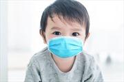 Nhật Bản khuyến cáo không nên đeo khẩu trang cho bé dưới 2 tuổi