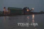 Bắt giữ hàng loạt tàu khai thác cát trái phép trên sông chảy qua Hà Nội