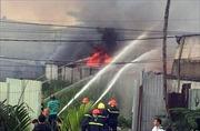 Bình Dương: Cháy nhà xưởng rộng gần 1.000 m2