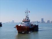 Điều động tàu chuyên dụng, đưa thuyền viên Philippines gặp nạn vào đất liền