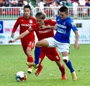 V.League 2019: Hoàng Anh Gia Lai thắng 3 - 2 trước Than Quảng Ninh