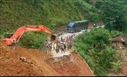 Quốc lộ 4H tại Lai Châu lại bị chia cắt do mưa lũ