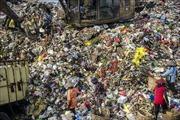 Malaysia truy tìm nguồn gốc của gần 200container chứa rác thải nhựa