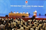 Thủ tướng Nguyễn Xuân Phúc chủ trì Hội nghị phát triển kinh tế miền Trung