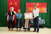 Trao Bằng Tổ quốc ghi công cho gia đình Liệt sỹ Thao Văn Súa
