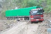 Mưa to diện rộng, nhiều tuyến đường ở Lai Châu ách tắc do sạt lở, lún sụt