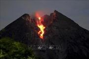Núi lửa Merapi phun trào, Indonesia cảnh báo hoạt động hàng không