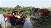 Tạm giữ 3 ghe hút cát trái phép trên sông Sài Gòn và sông Thị Tính