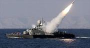 Iran tập trận quy mô lớn với hơn 50 tàu chiến tại eo biển Hormuz