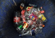 Coca-Cola, PepsiCo và Nestle - Các 'đại gia' rác thải nhựa