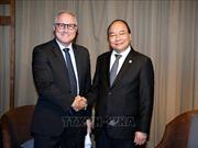 Hội nghị Cấp cao ASEAN: Thủ tướng Nguyễn Xuân Phúc tiếp Lãnh đạo Tập đoàn Sembcorp, Singapore