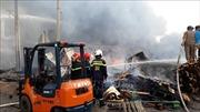 Chập điện ở trụ điện bên đường gây cháy xưởng gỗ ở Đồng Nai