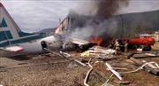 Máy bay chở khách trượt khỏi đường băng khi hạ cánh, ít nhất 2 người thiệt mạng