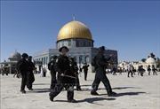 Cảnh sát Israel và người Palestine đụng độ tại thánh địa Jerusalem
