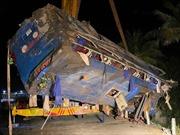 Lật xe khách tại Phú Yên trong đêm mùng 1 Tết, nhiều người bị thương