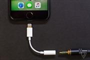 Có giá đắt đỏ, iPhone XS và XS Max vẫn thiếu những phụ kiện cần thiết