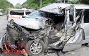 Va chạm giữa xe máy và ô tô khách làm 2 người tử vong tại chỗ