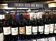 Tổng thống Mỹ Donald Trump 'dọa' đánh thuế rượu vang Pháp