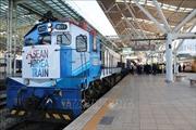 Chuyến tàu đặc biệt với 200 vị khách ASEAN - Hàn Quốc