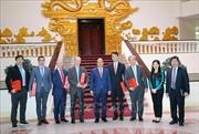 Thủ tướng Nguyễn Xuân Phúc tiếp các doanh nghiệp nước ngoài đầu tư vào Việt Nam