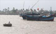 Ứng phó bão số 6, Phú Yên ra lệnh cấm biển, cho học sinh nghỉ học