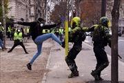 Cảnh sát Pháp bắt giữ 278 người để ngăn nguy cơ bạo loạn đường phố