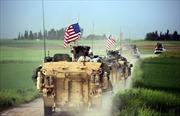 Mỹ rút các binh sĩ đầu tiên khỏi Syria, lập 2 căn cứ dã chiến ở biên giới Iraq