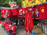 Cổ động viên TP Hồ Chí Minh 'nhuộm' đỏ phố trước giờ G trận chung kết AFF Cup