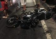 Va chạm xe container đỗ trên đường, nam thanh niên đi mô tô chết thảm