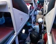 Người dân đổ về TP Hồ Chí Minh sau kỳ nghỉ Tết: Xe giường nằm 45 chỗ nhồi nhét đến 65 khách