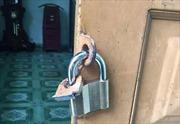Trộm phá cửa nhà giữa ban ngày, vơ vét nhiều tài sản lớn