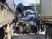 Năm ô tô đâm liên hoàn trên xa lộ Hà Nội