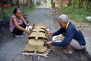 Nhộn nhịp ở làng gốm người Khmer Nam Bộ những ngày cuối năm