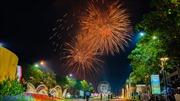 Pháo hoa lung linh chào đón năm mới Canh Tý 2020