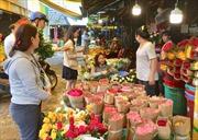 Thị trường hoa, quà tặng 20/10: Giá hoa tươi tăng tới gấp ba ngày thường