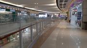 Trung tâm thương mại, hàng quán vắng khách trong 'mùa dịch' Corona