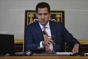 Venezuela cấm mọi giao dịch tài chính với thủ lĩnh đối lập