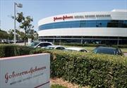 Tòa án Mỹ phạt Johnson & Johnson vì không cảnh báo tác dụng phụ của thuốc