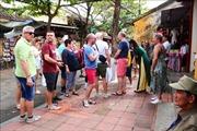 Lượng khách du lịch đến Hội An đang có dấu hiệu khởi sắc trở lại
