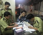 Thu giữ 3.300 chai nước hoa giả nhãn hiệu Miss Saigon